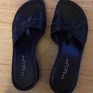 Kenneth Cole reaction black sandal 8